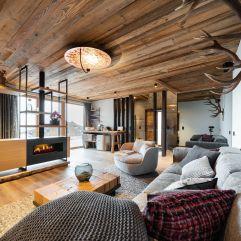 Exklusives Wohnen in luftiger Höhe im Baumhaus (Wanderhotel Gassner)