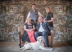 Familie Gasser heißt ihre Gäste herzlich Willkommen (Alpin Panorama Hotel Hubertus)