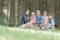 Familienwanderung mit Lagerfeuer-Grill (Hotel Gorfion Familotel)