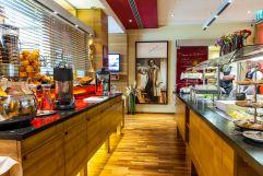 Frühstücksbuffet der Café Bar Aragall (Hotel am Stephansplatz)