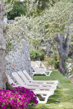 Garten lädt zum Entspannen ein (c) Johanna Gunnberg (Hotel Espléndido)