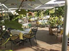 Gastgarten im Hotel Pfeffel