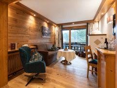 Gemütlicher Wohnbereich im Doppelzimmer Komfort (c) Thomas Bloch (Parkhotel Burgmühle)