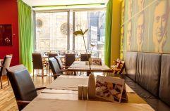 Gemütliches Ambiente in der Café Bar Aragall (Hotel am Stephansplatz)