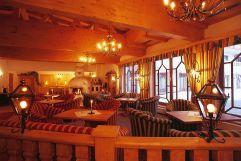 Gemütliches Kaminzimmer (c) Peter Zotz (Romantik Resort und Spa Der Laterndl Hof)