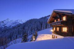 Golmerhaus direkt an der Skipiste im Winter (c) Patrick Säly (Montafoner Hof)