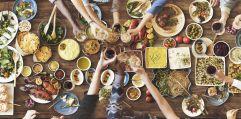 Große Auswahl an kulinarischen Speizialitäten (AVIVA)