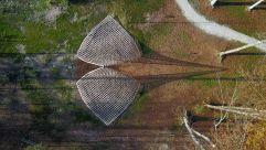 Große Holzskulptur im Wald (c) Arte Sella – G. Bianchi (TVB Valsugana Lagorai)