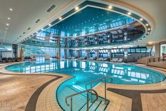 Großer Indoorpool (c) Toni Seppi (Oberjoch - Familux Resort)