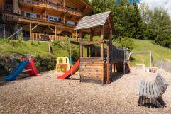 Großer Spielplatz für die Kleinsten (c) Daniel Kogler (Naturdorf Oberkühnreit)