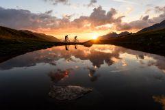 Herrliche Abendstimmung beim Mountainbiken (c) TVB St. Anton am Arlberg Wolfgang Ehn (VALLUGA Hotel)