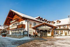 Außenansicht im Winter (Hotel Rupertihof)