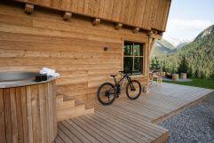 Idealer Ausgangspunkt für Ausflüge ins Bikeparadies (Benglerwald Berg Chaletdorf)