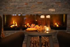 Jause mit einem kühlen Bier (VALLUGA Hotel)