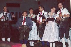 Jedermann Tanzgruppe von 1974 (c) TVB Raurisertal