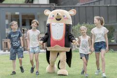 Kids mit Herrn Gorfion (Hotel Gorfion Familotel)