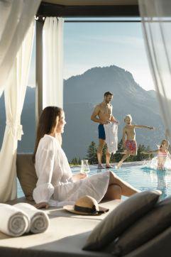 Kinder haben Spaß im Pool (c) Daniela Jakob (Oberjoch - Familux Resort)