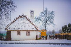 Kleines Häuschen im Winter (c) Tibor Csepregi (Bad Bük)
