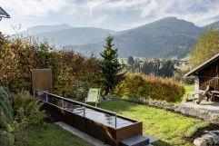 Kneipanlage mit Gebirgsquellwasser im Hotelgarten (c) Joachim Weiler 1stof8.com (Bio-Hotel Oswalda Hus - Kleinwalsertal Hotels)