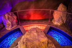 Kneippanlage mit beeindruckendem Farbenspiel (Tirler-Dolomites Living Hotel)