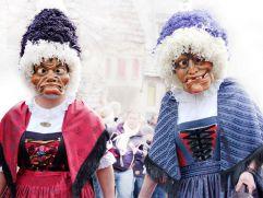 Kostümierte Teilnehmer beim Schellerlaufen Nassereith (c) Fasnachtskomitee Nassereith (Imst Tourismus)