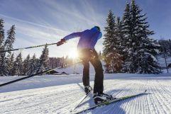 Langlaufen in winterlicher Kulisse (c) Oliver Farys (Genuss & Aktivhotel Sonnenburg - Kleinwalsertalhotels)