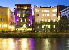 Laue Sommerabende im Gastgarten des Hotels Goldenes Schiff genießen (Hotel Goldenes Schiff)