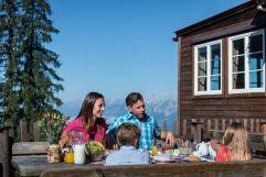 Leckeres Frühstück auf der Alm (c) Angélica Morales (Silberregion Karwendel)