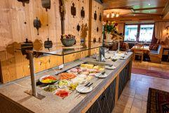 Leckeres Frühstücksbuffet (Alpinhotel Berghaus)