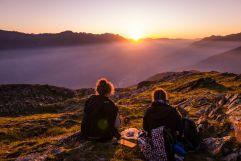 Magische Sonnenuntergänge auf den Vinschgauer Bergen (Wanderhotel Vinschgerhof)