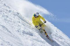 Mann beim Snowbiken (c) Ulrich Grill (Chaletdorf Prechtlgut)