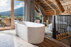 Master Bedroom im Baumhaus (c) Daniel Breuer (Wanderhotel Gassner)