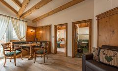 Matillhof Wohnbereich des Zimmers (winzerhotels)