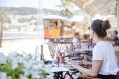 Mittagessen bei schönem Ausblick genießen (c) Johanna Gunnberg (Hotel Espléndido)