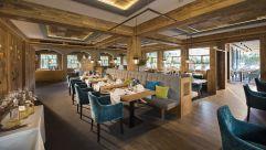 Moderner Restaurantbereich (c) Aileen Melucci (Wellnesshotel Walserhof - Kleinwalsertal Hotels)