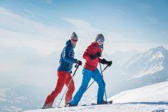 Pärchen beim Schneeschuhwandern (c) Angélica Morales (TVB Silberregion Karwendel)