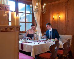 Pärchen im Restaurant Alt Tyrol des Hotel Alpina