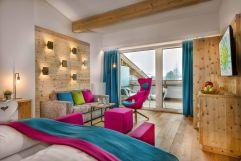 Panorama SPA Suite mit Traumaussicht auf Schlossalm (c) Foto Atelier Wolkersdorfer (IMPULS HOTEL TIROL)