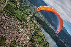Paragliding oberhalb Levico Terme (c) StoryTravelers (TVB Valsugana Lagorai)