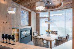 Penthouse Swarovski mit winterlichem Ausblick (c) Alexander Maria Lohmann (Alpen-Wellness Resort Hochfirst)
