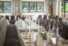 Perfekte Räumlichkeiten zum Feste Feiern (Hotel Waldfriede)