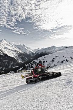 Pistenraupe  Fotos © Gerhard Berger Ski Arlberg
