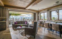 Restaurant mit Panoramaterrasse (Hotel Waldfriede)