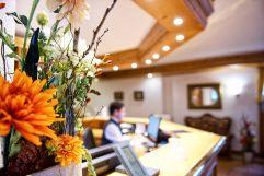 Rezeption des Concordia Wellnesshotel & SPA (c) Heimplätzer Werbefotografie (Concordia Wellnesshotel & Spa)