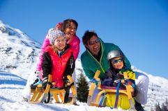 Rodeln mit der Familie (c) TVB (Tourismusverband Rauris)