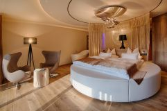 Romantic Suite (c) Filippo Galluzzi (Wellnessresort AMONTI & LUNARIS)