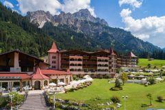 Romantisch wie ein Märchenschloss - der Laterndl Hof (c) Peter Zotz (Romantik Resort und Spa Der Laterndl Hof)