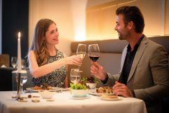 Romantisches Abendessen im Restaurant des Hotel Larimar (c) Bernhard-Bergmann