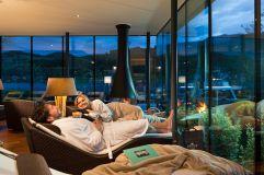 Ruheraum mit Ausblick auf den See (KOLLERs Hotel)