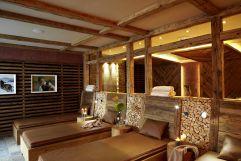 Ruheraum mit gemütlichen Wasserbetten (Hotel Bergblick)